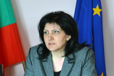 Караянчева отново е зам.-председател на парламентарната група на ГЕРБ