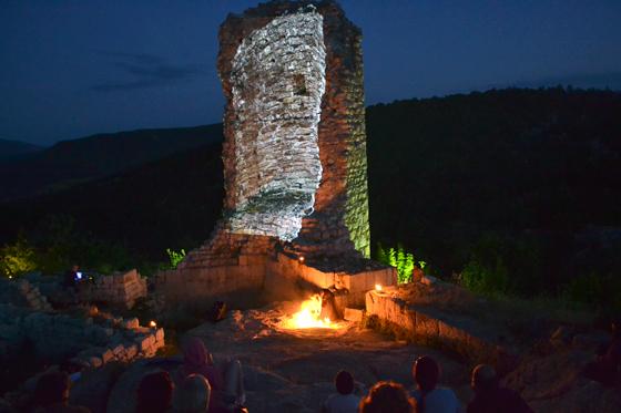 Събориха виртуално кулата на Перперикон