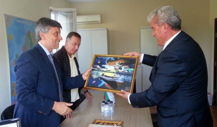 Посланикът на Гърция се срещна с момчилградския кмет