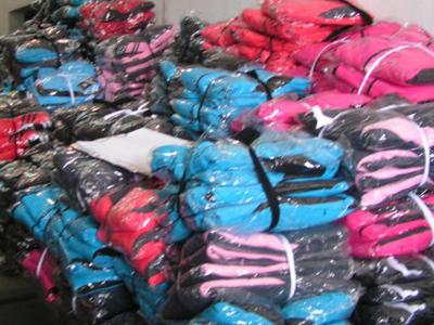Осъдиха производител на маркови дрехи-менте, отхвърлиха иск на французи за 57 460 лева