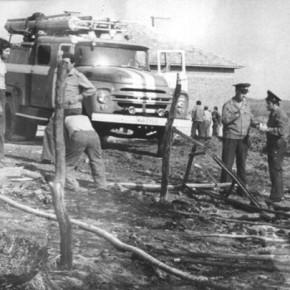 Съветските зилове са най-дълго използваните автомобили от огнеборците в Кърджали.