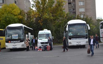 Единици бяха отпътуващите от автогара Кърджали към Турция днес следобяд