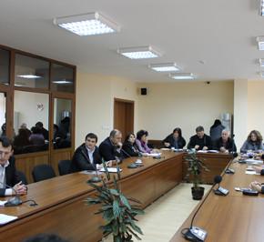 7 програми, по които ще бъдат ангажирани 419 души одобри на заседанието си Областния съвет за развитие на област Кърджали