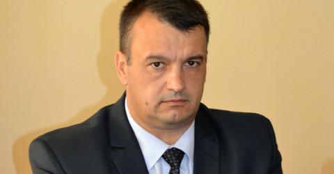 Бисер Николов